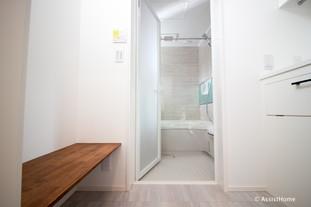 脱衣室〜バスルーム