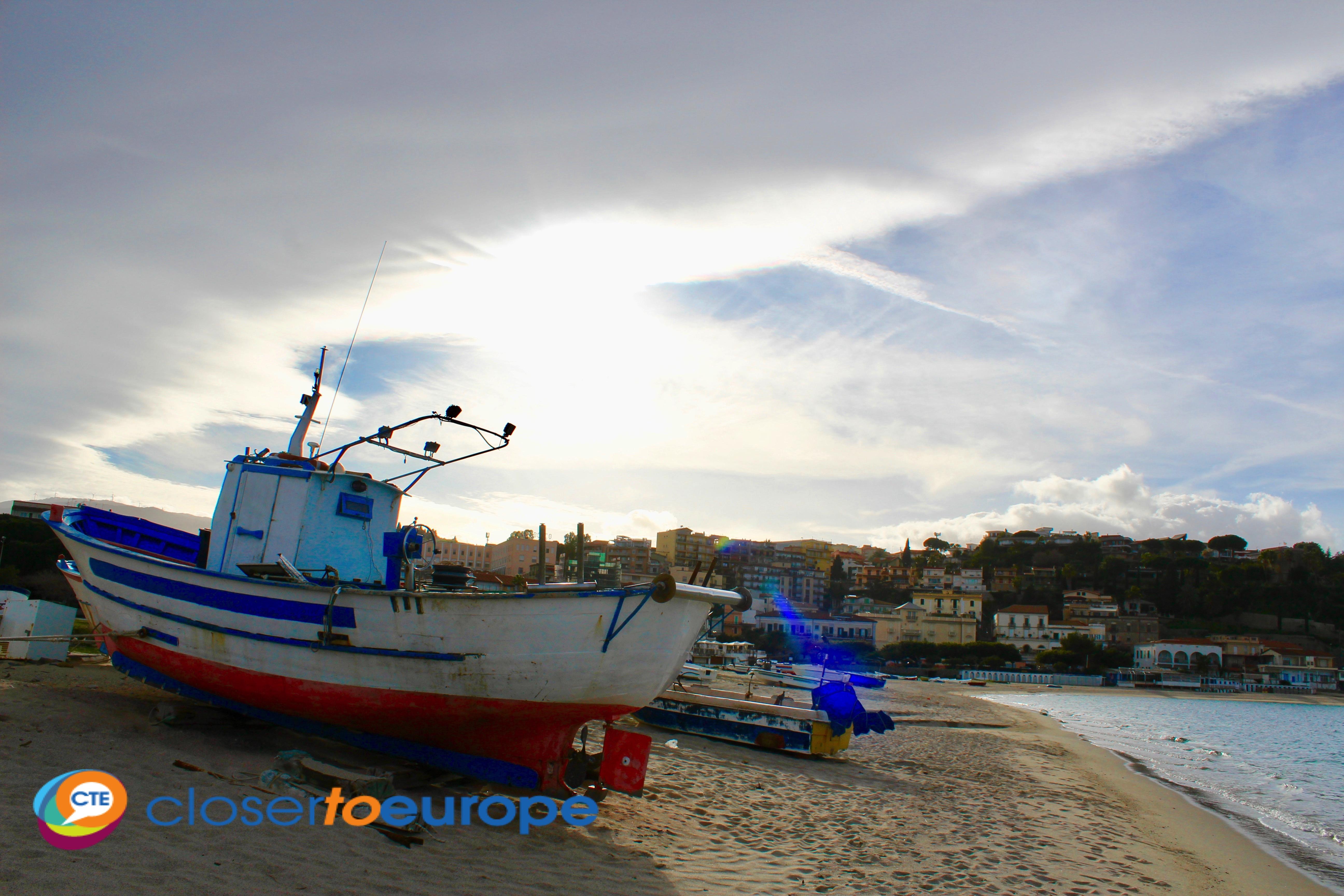 Soverato_marina_boats2