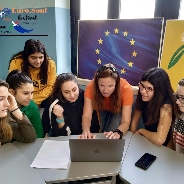 Euro.Soul@school Labs constudenti di 2 scuole soveratesi