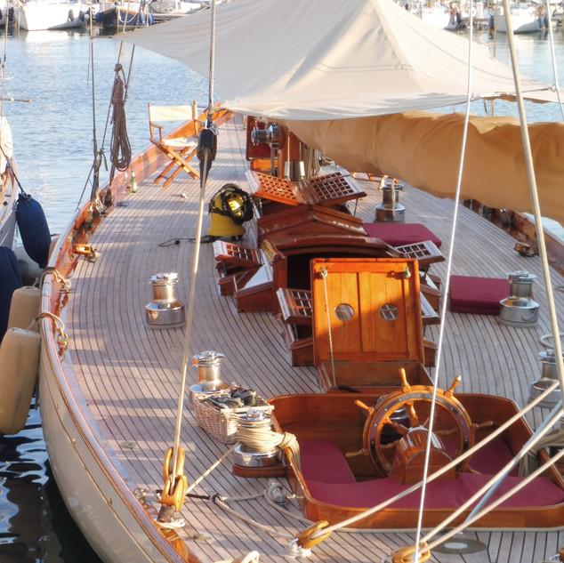 Classic Yachts 6.JPG