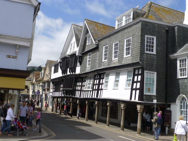 Dartmouth Town 1.JPG