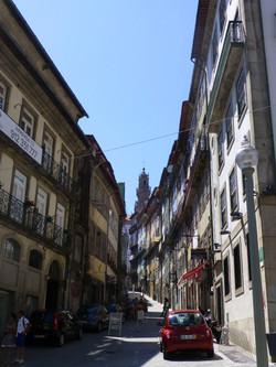 Back streets of Porto.JPG