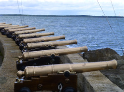 Cannons at Cowes.JPG