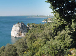 H. Sistiana Views