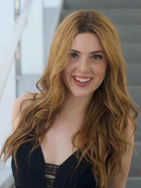Samantha Seiff (Alto)