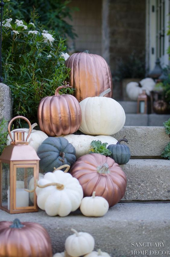 Design by Kubo/ Decorating your home this fall/