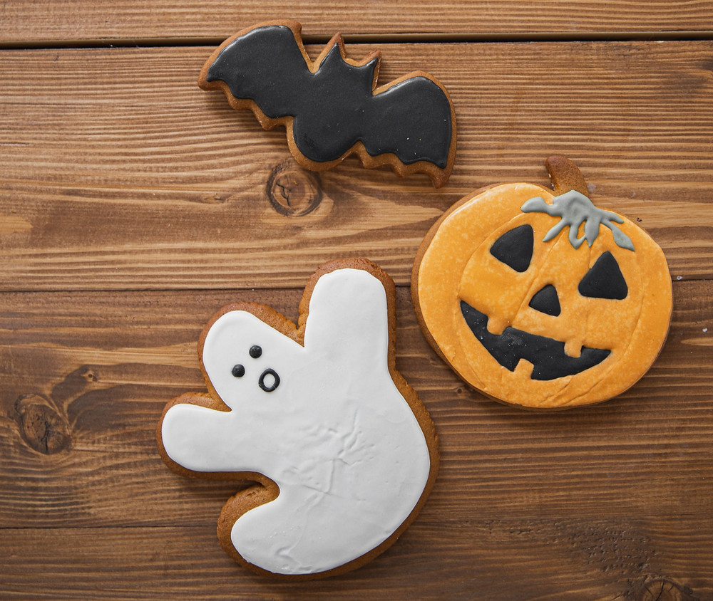 Halloween frosted sugar cookies