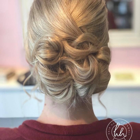 Wedding hair Hair Hut
