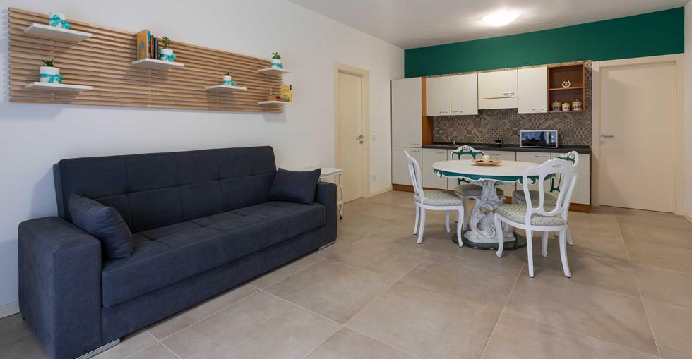 Profumo_di_casa_appartamento_loto_divano