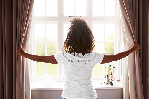 back-view-mockup-of-a-woman-with-a-heath