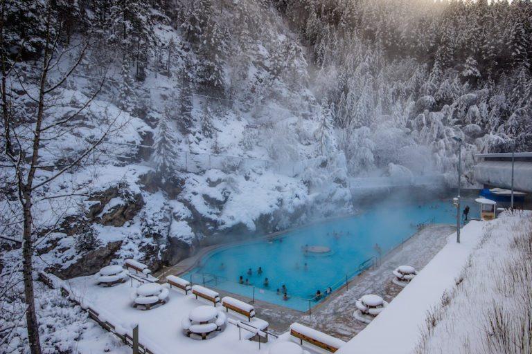 Radium-Hot-Springs.jpg