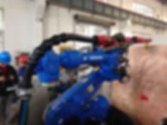 Yaskawa robotti RSP oheislaitteilla