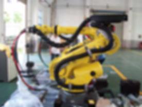 Fanuc robotti RSP oheislaitteilla