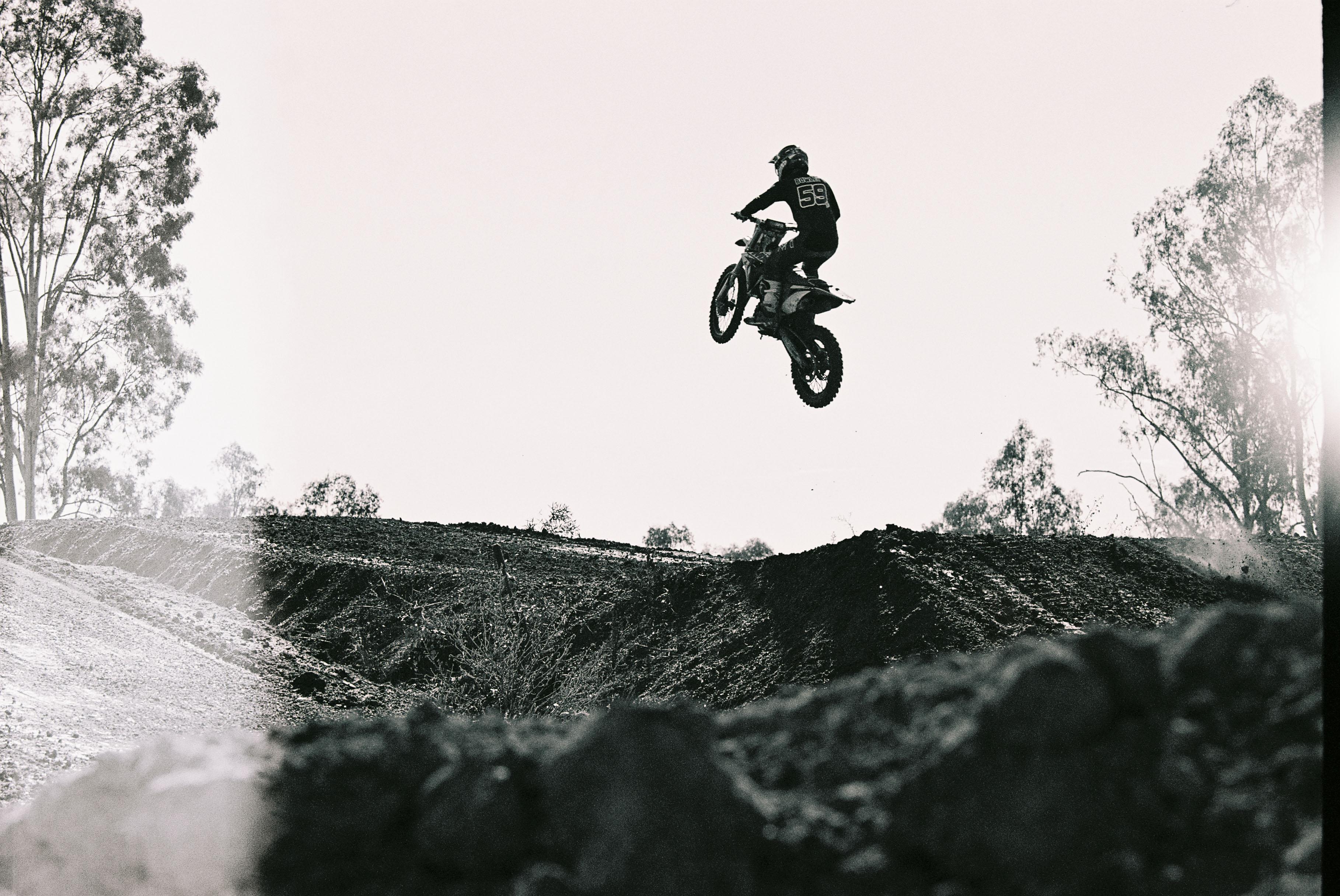 Motorbike track send