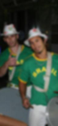 קרנבל ברזילאי  הופעות קפוארה  בטוקדה ברזילאית
