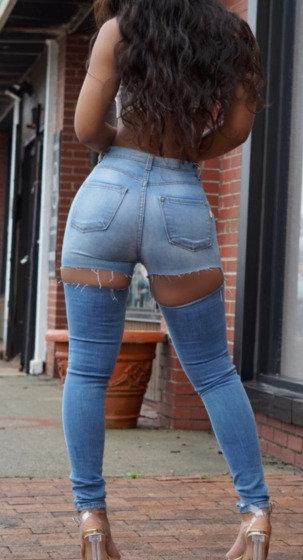Cut Back Jeans