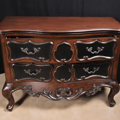 Antique art nouveau bowfront chest · au 0 00