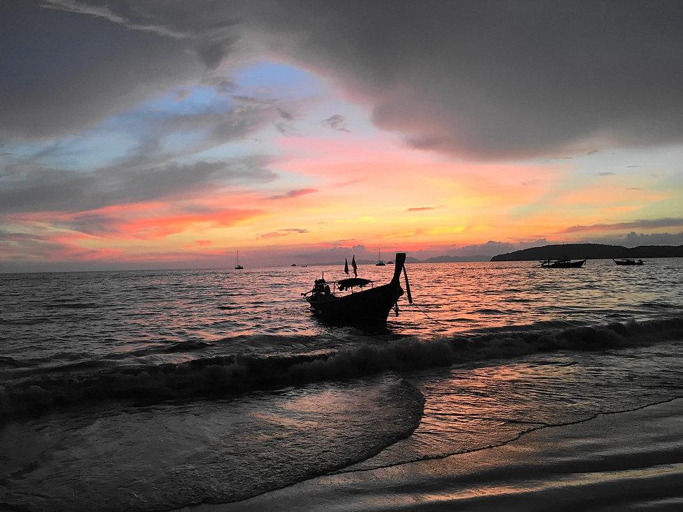 Thai fishing boat.jpg