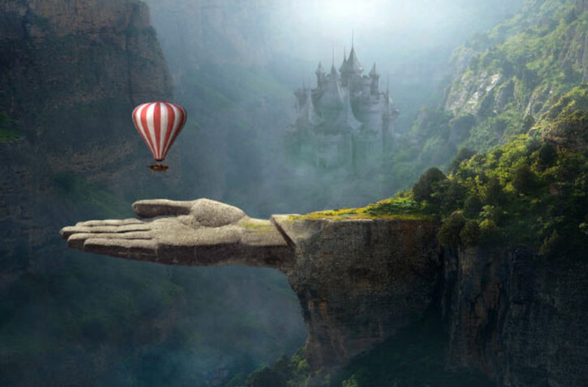 Baloon and Hand Dreamy Photo.jpg