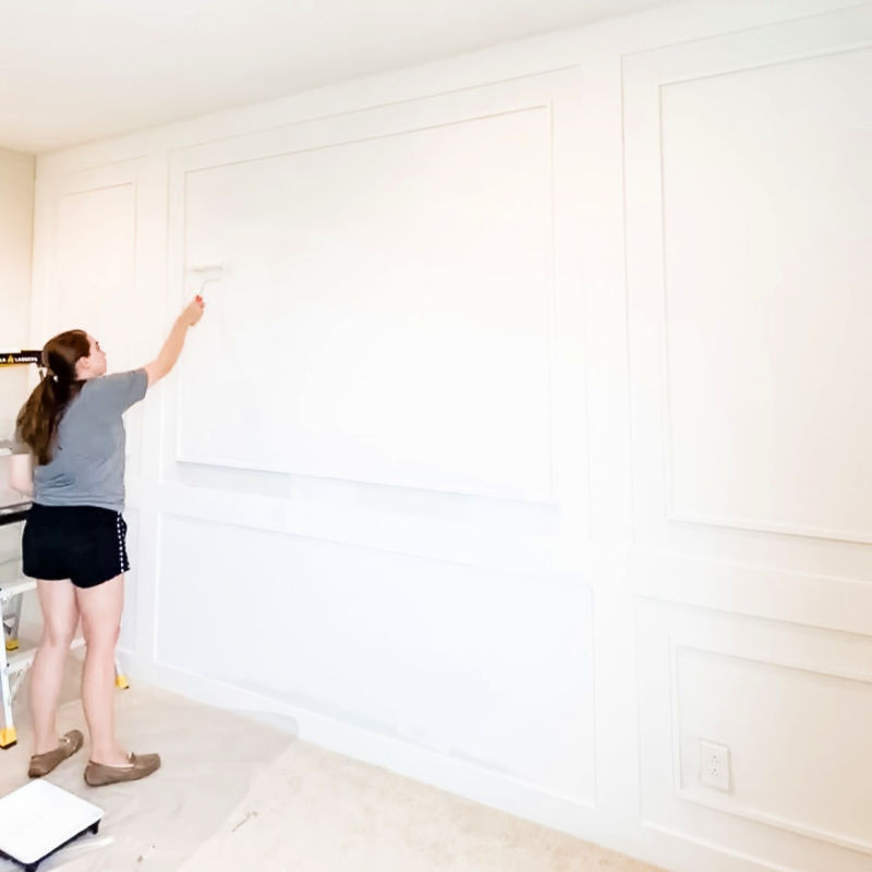 Painting feature accent wall in bedroom makeover