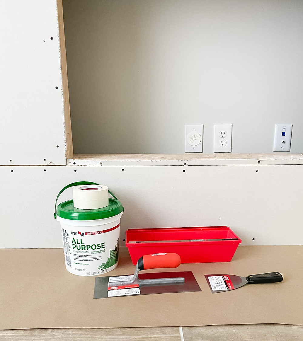 supplies for tapping and mudding drywall