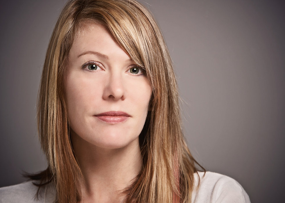 A woman with questions about ReNova alcoholism treatment program