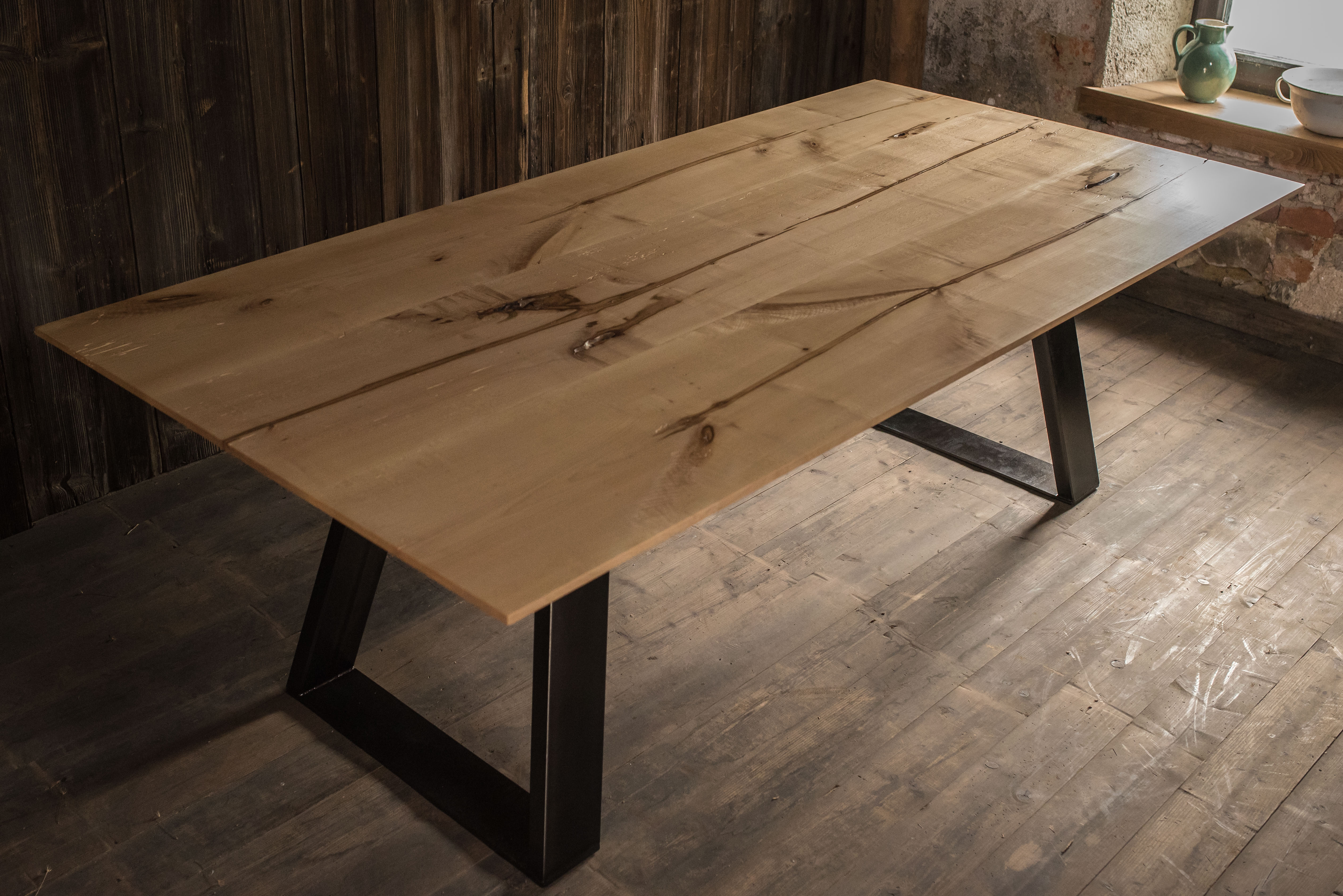 TABLE NºONE