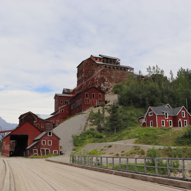 Kennecott Mill Town Tour w/ St. Elias Alpine Guides in Wrangell-St. Elias National Park and Preserve