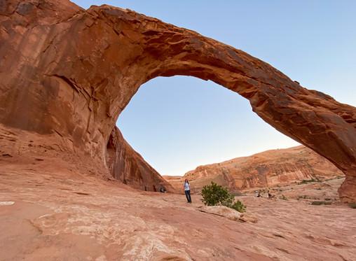 Hiking Bowtie & Corona Arch in Moab, Utah