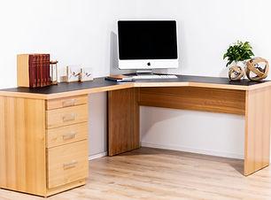 Infinity Style Desk