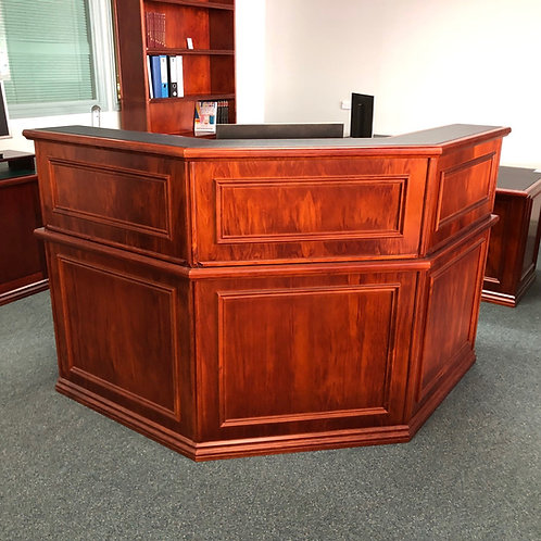 Victorian Style 45° Corner Reception Desk