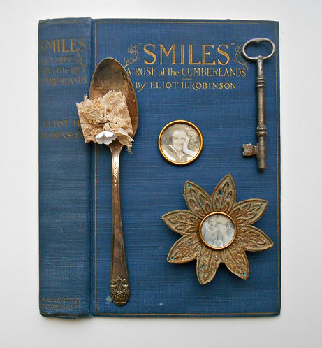 "Vintage Book Cover Kit ""Smiles"""