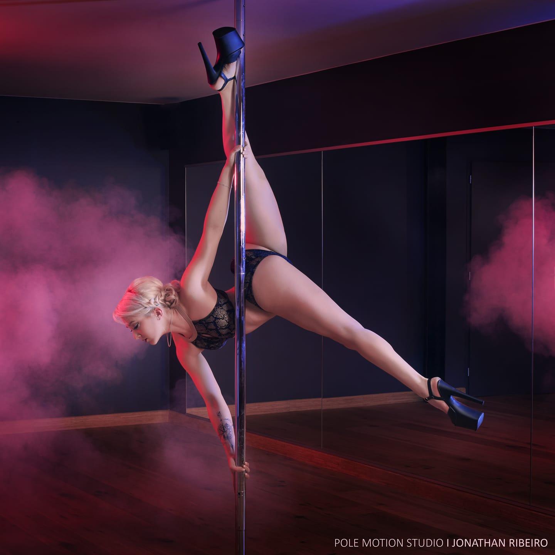 Pole dance Limoges avec Mathilde
