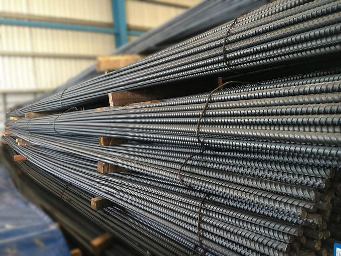 steel-construction-1733848_1920.jpg