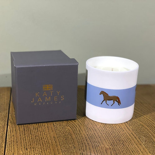 Horse Candle - Vanilla