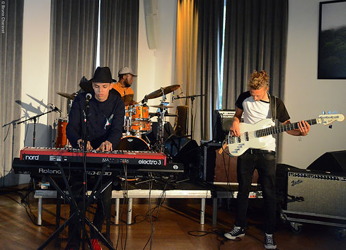 Florian Gustave trio 02.jpg
