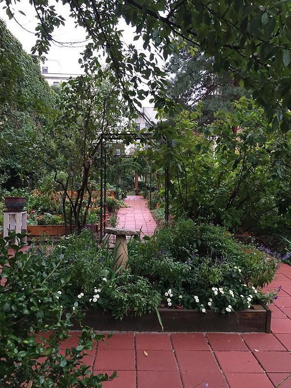 Neighborhood Advisory Garden- LeadPhoto