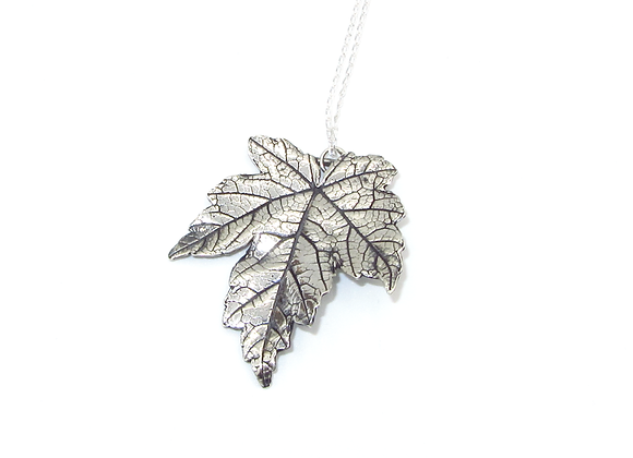 Silver Sycamore Leaf Pendant