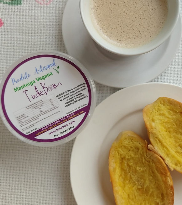 TudeBom no pão com café com leite zoom.j