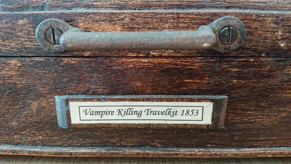 Vampire Travelkit detail