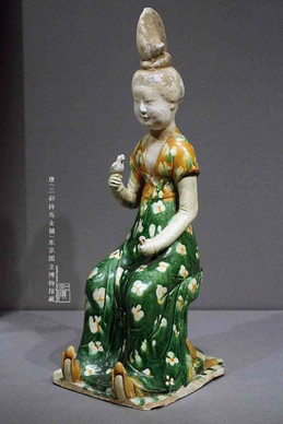 Tri-coloured Glazed Pottery (Tang San Cai) of A Girl Holding A Bird — Tokyo National Museum