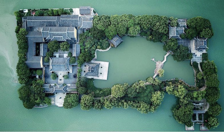 Jiangnan Style Dwellings, Photo from Official Site of Tongli Ancient Town of Taihu Lake.