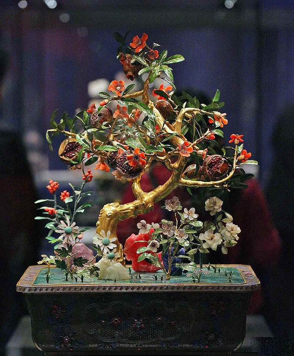 Jade Artificial Potted Landscape of the Qing Dynasty (1636 — 1912)