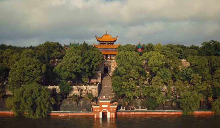 Yueyang Tower of Dongting Lake
