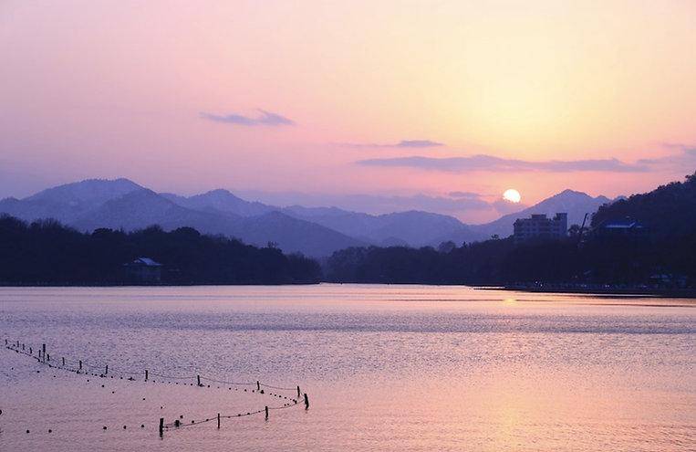 Beautiful Sunset View of West Lake of Hangzhou