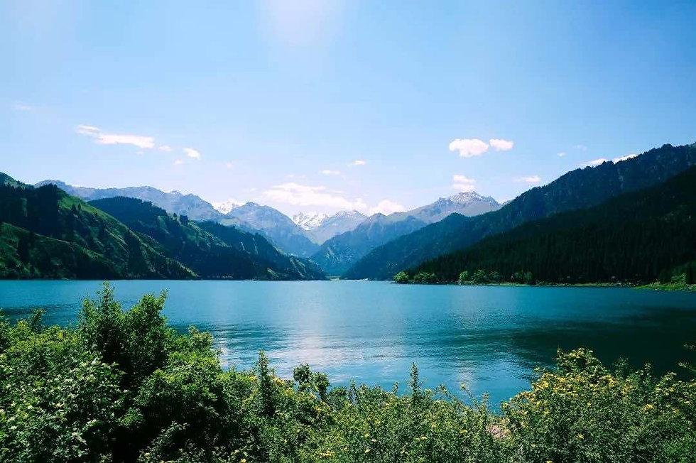 Heavenly Lake of Tianshan.jpg