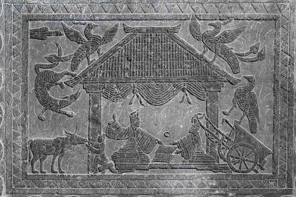 """Brick Graving of the Eastern Han Dynasty about People Playing Board Game """"Liubo"""" — Xuzhou Art Museum of Han Stone Gravings"""