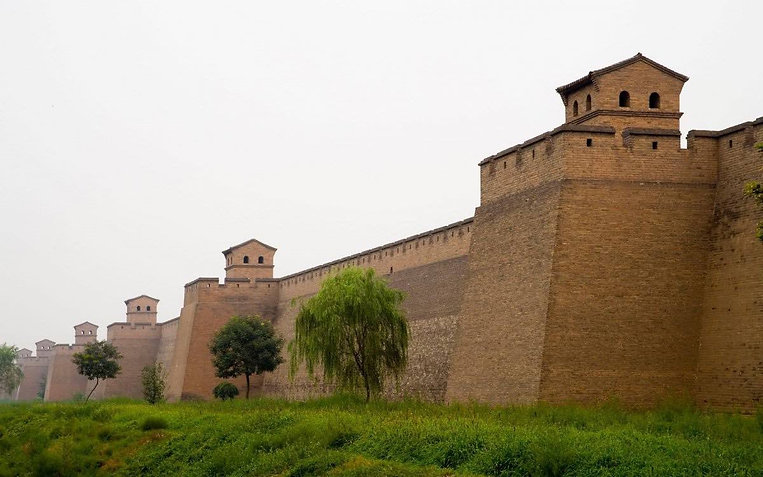 Fighting Towers (Dilou)  and Crenels (Duokou) on the City Wall of Pingyao