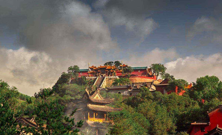Bodhisattva Temple or Pusa Ding of Mount Wutai