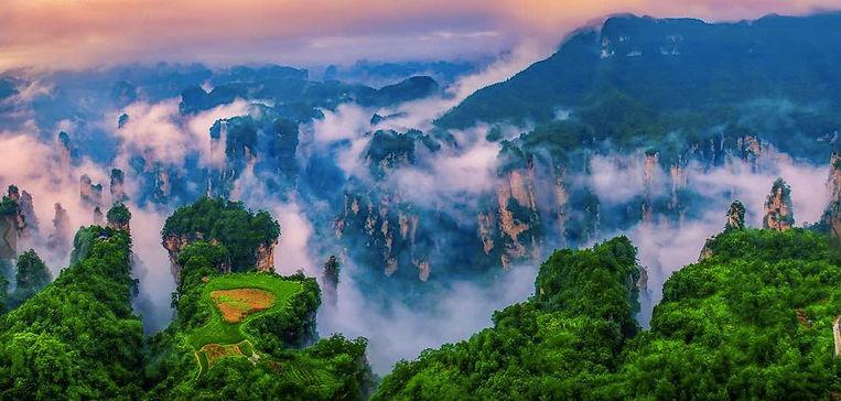 Suspending Terrace, or Kongzhong Tianyuan, in Laowuchang Area of Zhangjiajie